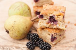 Blackberry & Pear Traybake