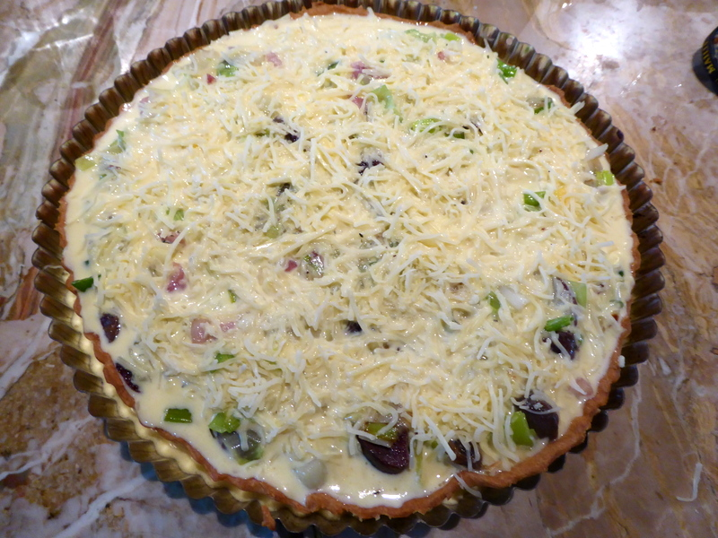 Quiche Gascogne ready to cook